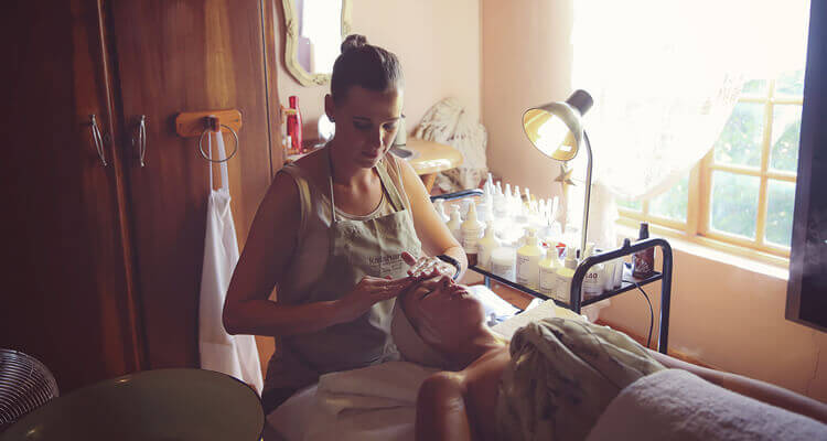 Kalahari Pampering Spa | Makeup | Beauty | Bridal | Northern Cape | Weddings | Pampering | Spa | Treatments | ncweddings